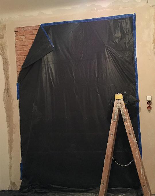 zabezpieczenie cegły przed malowaniem