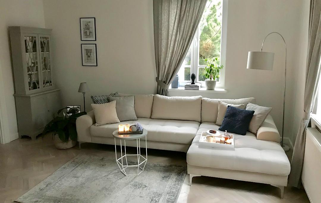 salon po generalnym remoncie przedwojenny dom