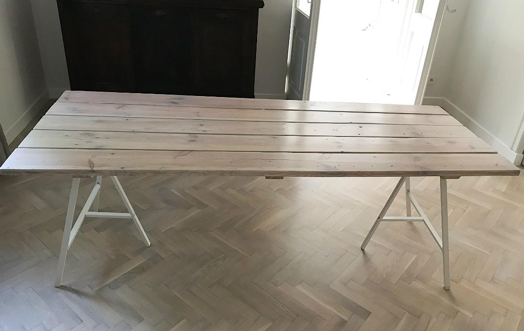 stół na metalowych kozłach ikea lerberg