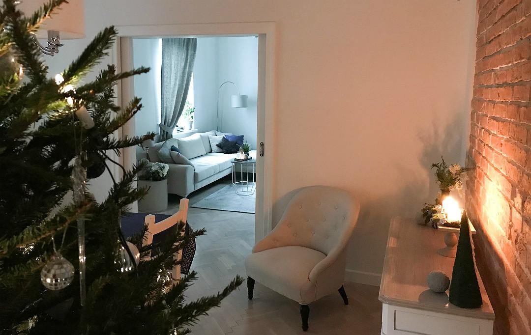 dom gotowy na święta choinka stroik świąteczny