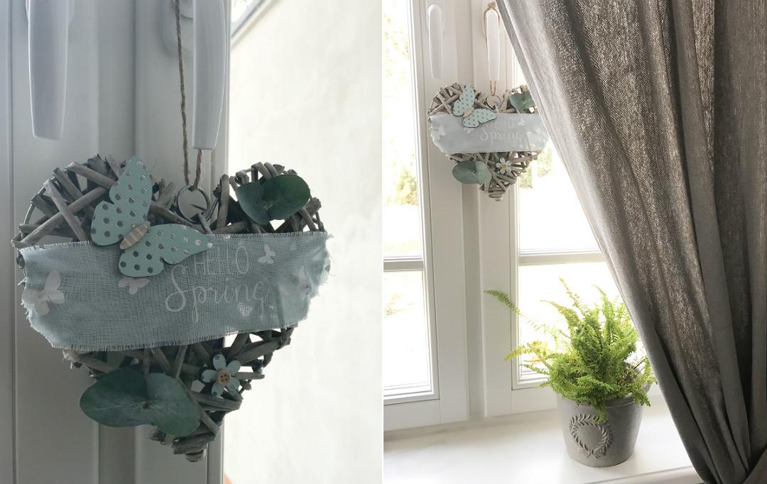 wianek w oknie na wiosnę ozdoby dekoracje wiosenne