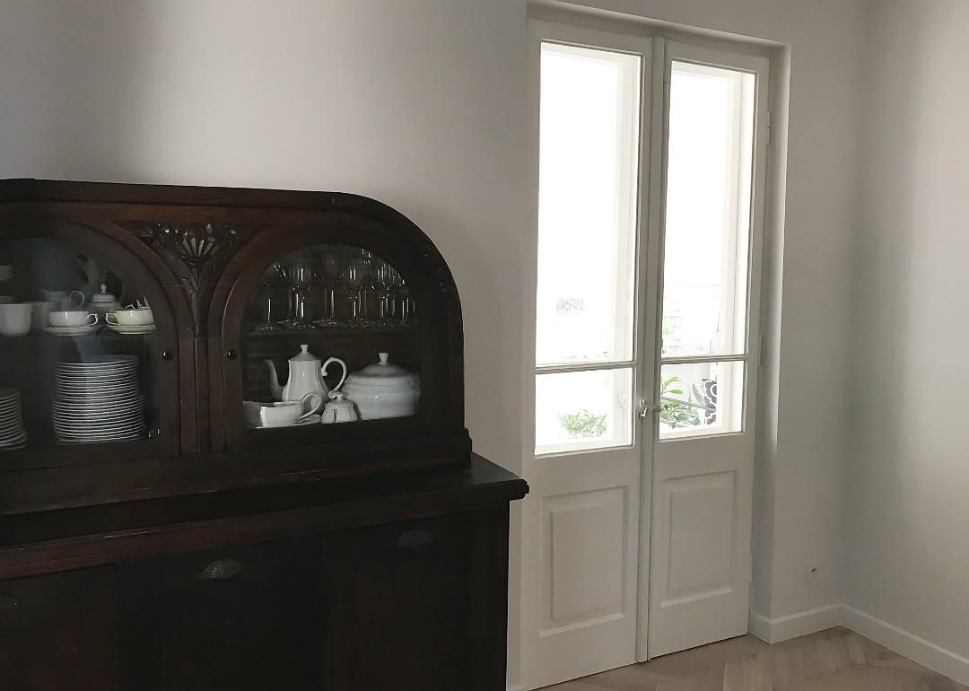 drzwi ościeżnicowe podwójne białe stylowa klamka