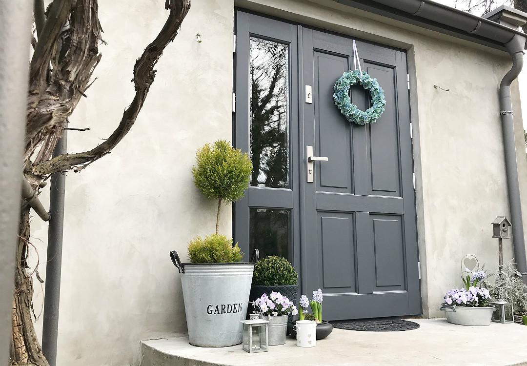 strefa wejściowa wejście do domu dekoracje jak udekorować ozdobić zaaranżować