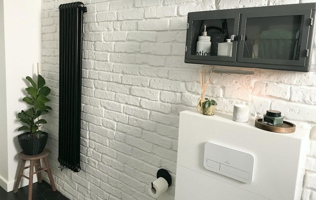 łazienka loft industrialna biało-czarna