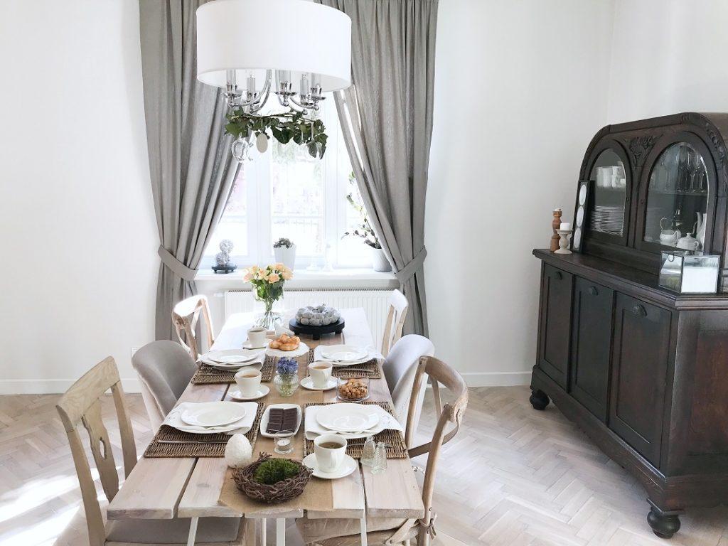 wielkanocne ozdoby, wielkanocne zwyczaje, wielkanocne dekoracje, wielkanocny stół