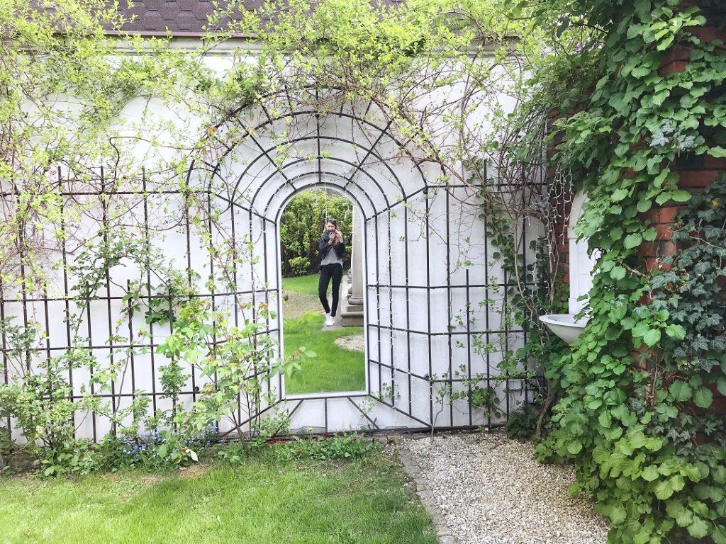 tajemniczy ogród, tajemnicze przejście