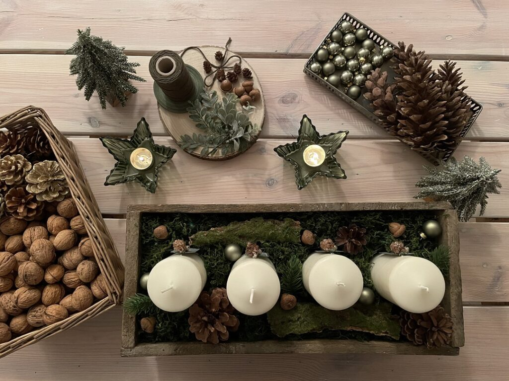wieniec adwentowy, pomysł na stroik adwentowy, jak zrobić stroik adwentowy, DIY, dekoracje świąteczne, stroik adwentowy w stylu modern rustic